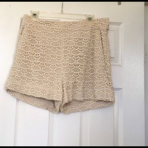 Express Cream colored Shorts